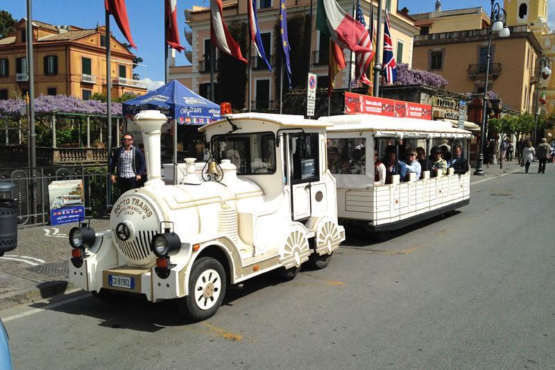 Sorrento train 01